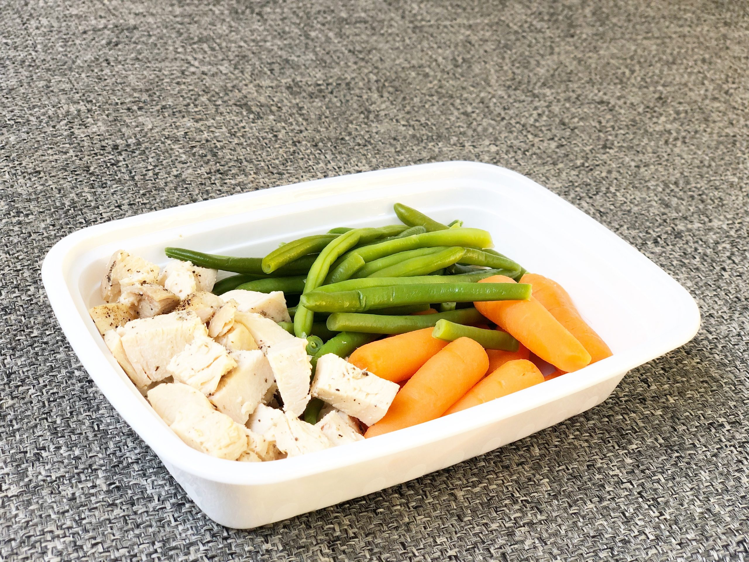 Chicken, carrots, green beans